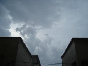 Chegada da tempestade,por volta de 14:00 hs.