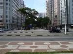 Visão do Canal 2 ou Avenida Bernardino de Campo, para quem observa dos jardins.